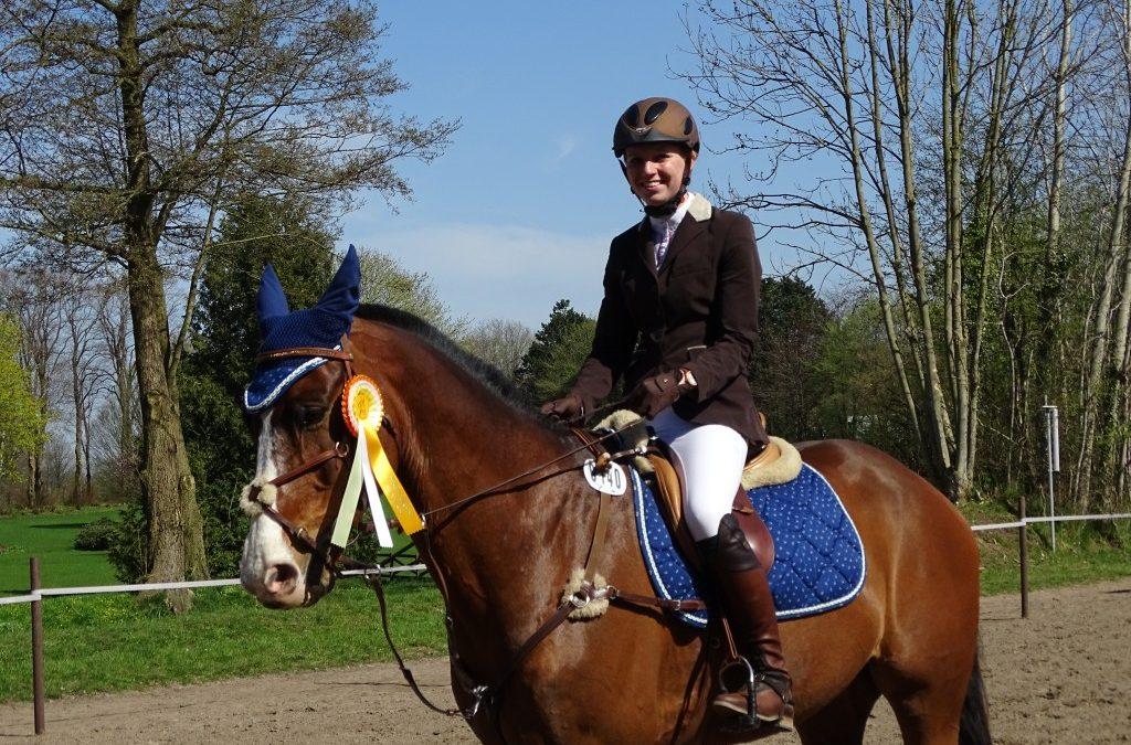 Nadine Hebel mit Sunset Boy  Sieger Prfg Nr. 7