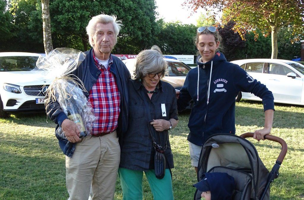 Züchter Klaus Meyer und Hans Jürgen Herzog teilen sich Führung im Ranking Holsteiner Schaufenster Züchterpreis