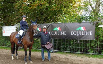 Victoria Ries ist Gewinnerin des Equiline Sattels als Sonder-Ehrenpreis